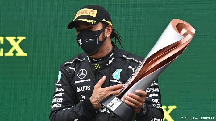 Hamilton ganó el Gran Premio de Turquía de Fórmula 1, con lo que logró su séptimo título mundial e igualó el récord del alemán Michael Schumacher (15.11.2020)