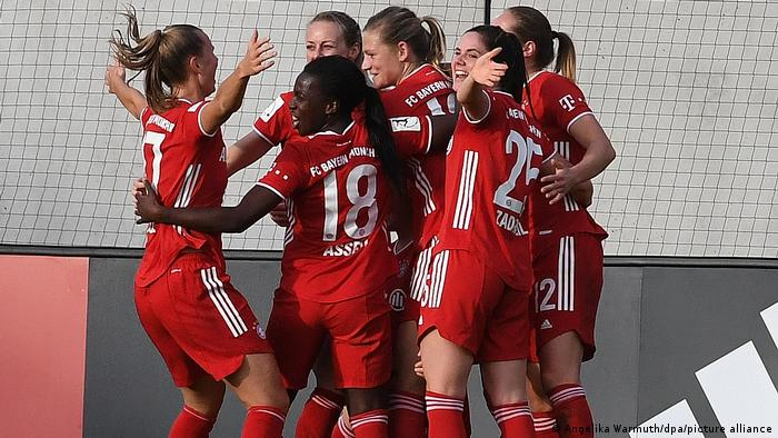 Frauenfussball | Bayern München - VfL Wolfsburg | Marina Hegering