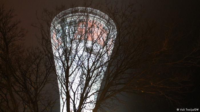 Osim impresivnog arhitektonskog zahvata, najupečatljiviji dojam ostavlja odlična rasvjeta. Osvjetljenje koje je napravljeno na tornju dodana je vrijednost cijelom konzervatorskom pothvatu. (Vuk Tesija/DW)