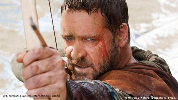 Russell Crowe as Robin Hood (Universal Pictures International France)