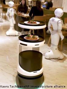 Japan | Coronavirus | Service Roboter