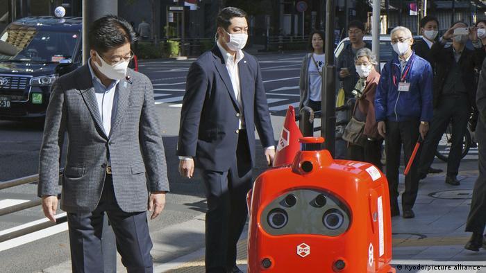 Japan Tokyo | Post Roboter | Testlauf