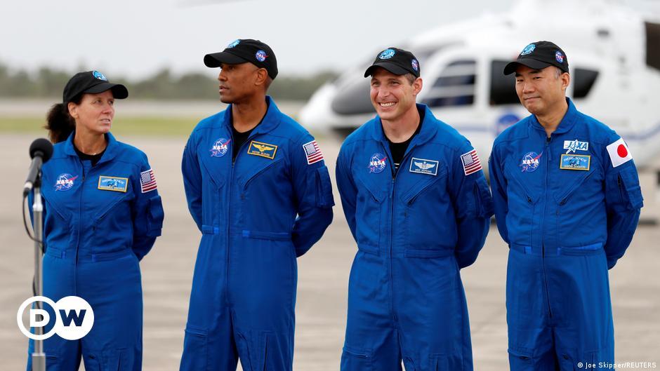 भारी महसूस कर रहे थे स्पेसएक्स के यान पर वापस आए अंतरिक्ष यात्री