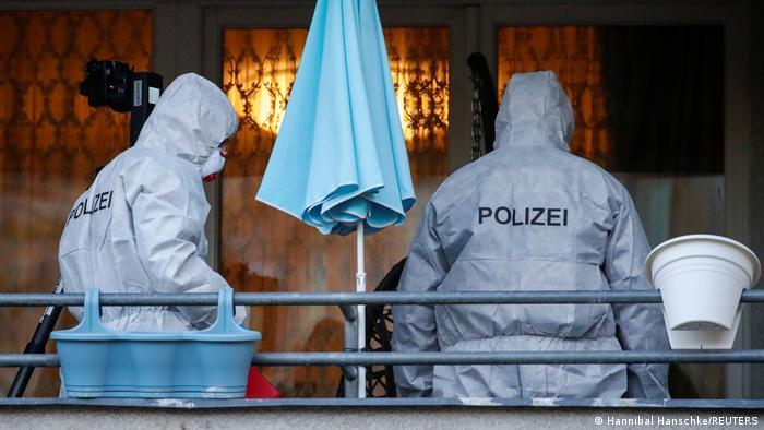 Spezialkräfte der Polizei bei der Durchsuchung einer Wohnung in Berlin (Foto: Hannibal Hanschke/REUTERS)
