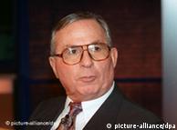 Hans  Rühle,  especialista em segurança
