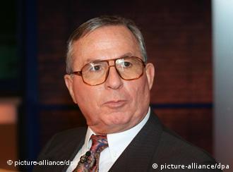 هانس روله، کارشناس تکنولوژی و تسلیحات اتمی