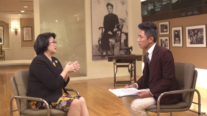 Taiwan Taipei | Joanna Lei im Interview mit DW (DW)