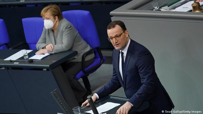 Deutschland Bundestag Änderung des Infektionsschutzgesetzes Jens Spahn