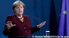 Deutschland Berlin |Angela Merkel Pressekonferenznach EU-Videogipfel