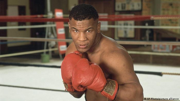 Mike Tyson muda