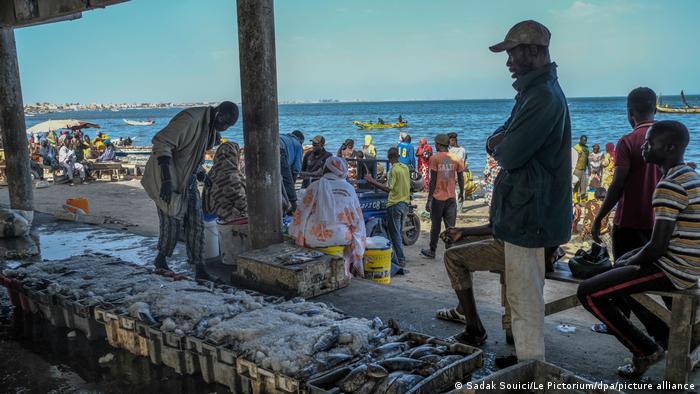 Le président sénégalais Macky Sall continue à défendre les accords passés avec l'UE
