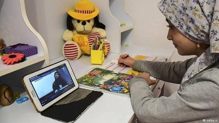 کرونا به تعطیلی مدارس و آموزش آنلاین برای کودکان از طریق شبکه شاد انجامید. در بخشهایی از ایران دسترسی کودکان به آموزش به دلیل نداشتن تلفن همراه و اینترنت با اختلال روبرو شد.