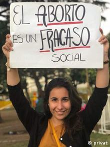 Argentinien Thema Abtreibung  Camila Duro