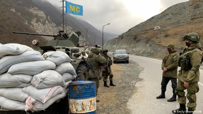 Ateşkesi denetleyecek Rus askerleri Kelceber bölgesinde konuşlandırılıyor