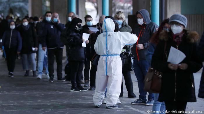 Koronavirüs: 235 milyon kişi yardıma muhtaç