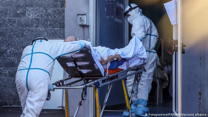 Italien Neapel   Coronavirus   Cardarelli-Krankenhaus (Fotgramma/IPA/ABACAPRESS.COM/pictiue alliance)