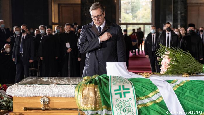 Vučić pred odrom patrijarha