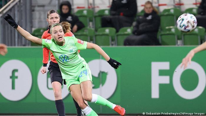 VfL-Frauen vs Frankfurt Fußball, Frauen, Saison 20/21, Flyeralarm Bundesliga, 10. Spieltag, VfL Wolfsburg vs Eintracht F