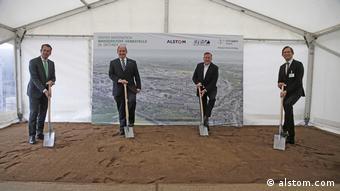Церемонія початку будівництва заправки для водневих поїздів у індустріальному парку Höchst