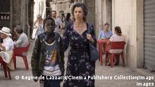 Ibrahima Gueye, Sophia Loren, The Life Ahead 2020 Credit: Regine De Lazzaris / Netflix / The Hollywood Archive Los Angeles CA PUBLICATIONxINxGERxSUIxAUTxONLY Copyright: xREGINExDExLAZZARISxAKAxGRETAx 34058010THA