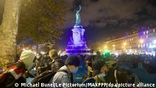 Frankreich Errichtung eines Flüchtlingslagers am Place de la Republique