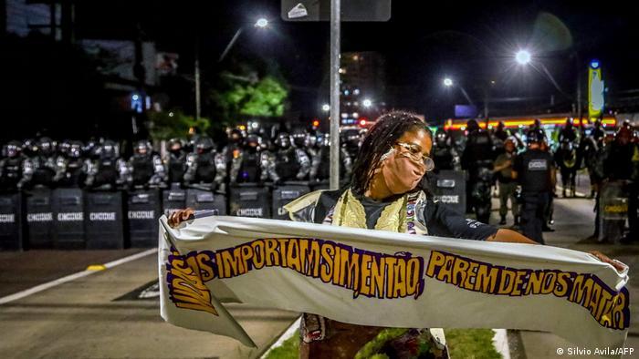 Protesto pela morte de João Alberto Silveira Freitas