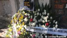 Flores na sepultura de João Alberto Freitas