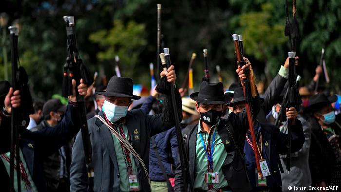 Foto de líderes indígenas en protesta en Guatemala
