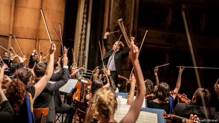Jugendorchester der Europäischen Union bei einem Konzert in Ferrara