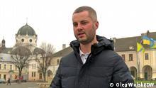 Oleh Volskiy / Oleg Wolskij Bürgermeister von Zhovkva / Schowkwa in der Region Lemberg, Ukraine Wolski hat die Lokalwahlen in seiner Gemeinde im Oktober 2020 mit 25 Jahren gewonnen und wurde zum jüngsten Bürgermeister in der Ukraine. Das Bild wurde aufgenommen November 2020 vom DW Studio Kiew