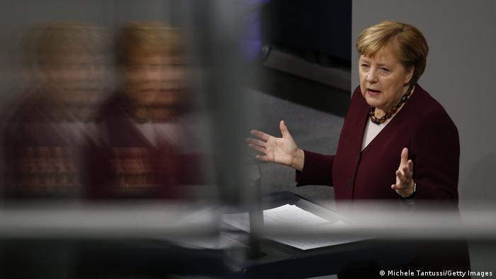 Deutschland | Berlin Regierungserklärung | Bundeskanzlerin Angela Merkel