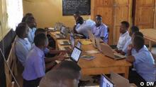 DW Eco Africa | Ruanda Laptops