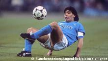 Champions League | FC Bayern München v SC Neapel 1989 - Diego Maradona