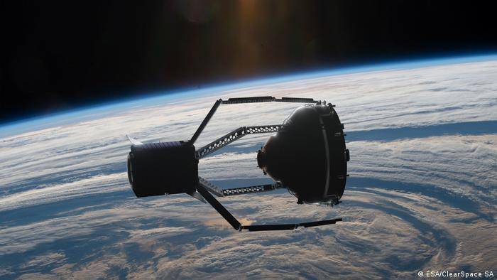 ESA announces first space junk cleaning mission