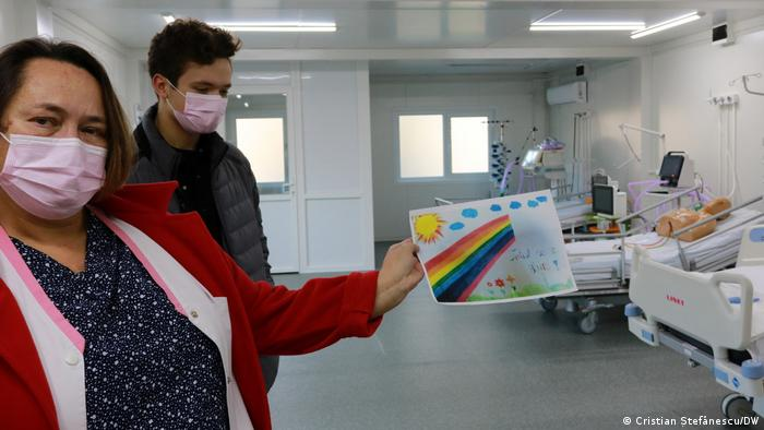 Doctor Dana Tomescu received a drawing with well wishes from a little girl
