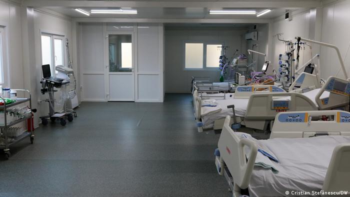 Secţie mobilă de ATI la Institutul Clinic Fundeni