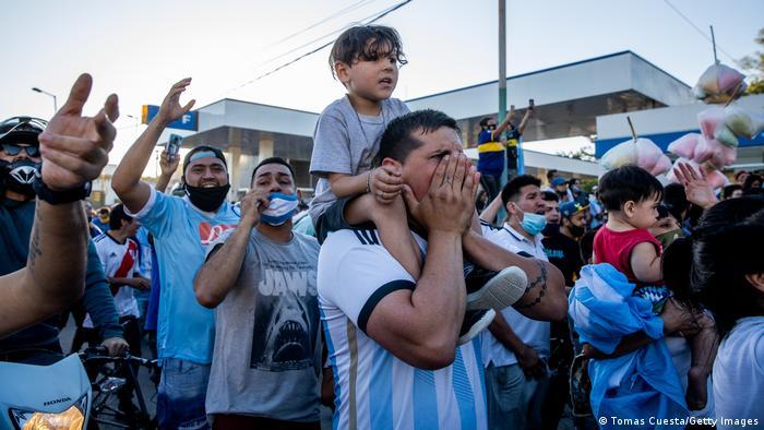 Maradona Massentrauer