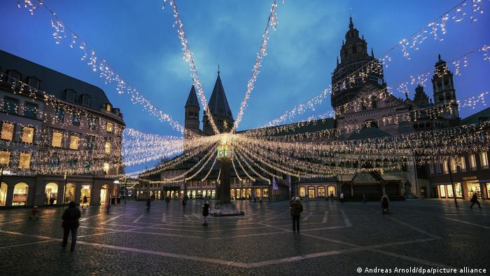 Christmas illuminated market place in Mainz