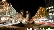 Deutschland Berlin Weihnachtsbeleuchtung am Kurfürstendamm