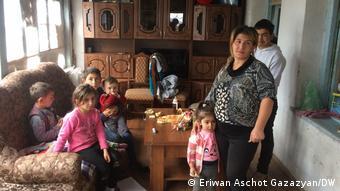 У Мікаела Каф'яна і його дружини Наіри шестеро дітей.
