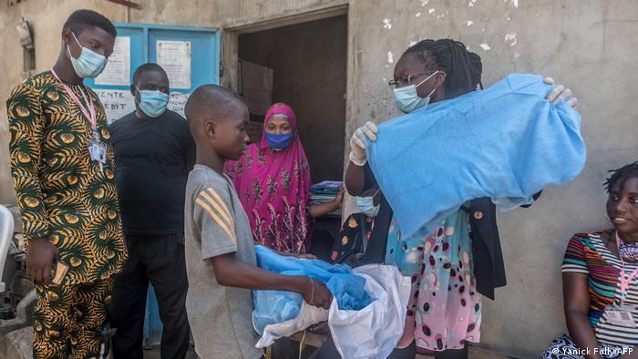 استخدام الناموسية من أجل مكافحة الملاريا في أفريقيا