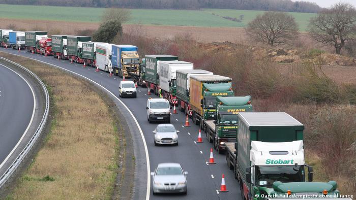 Großbritannien Manston Airport bei Dover   Test für Brexit