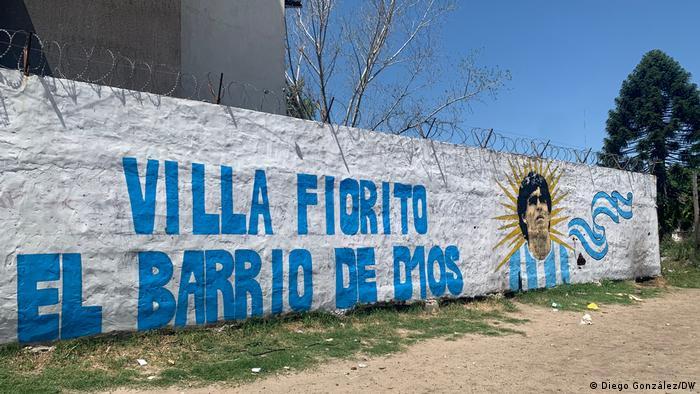 Argentinien Buenos Aires Fiorito Maradona Trauer Wandbild