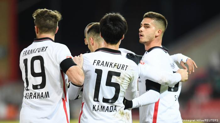 Fußball Bundesliga   1. FC Union Berlin - Eintracht Frankfurt   Torjubel (2:2)