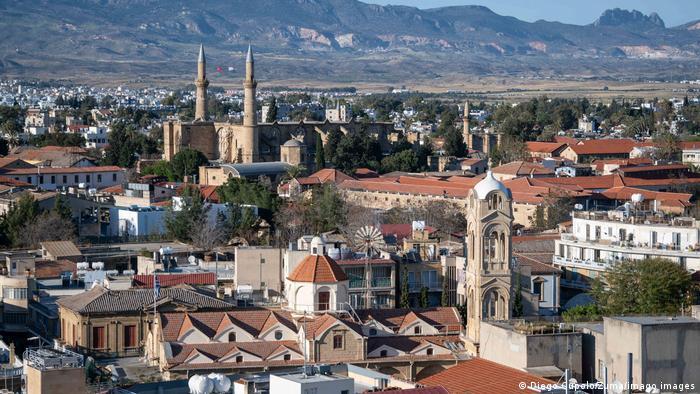 Republik Zypern Nikosia | Lefkosa im Norden mit Moschee