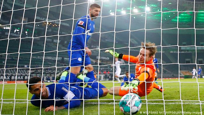 Fußball Bundesliga Borussia Mönchengladbach v FC Schalke 04