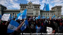 Protest in Guatemala | Demonstranten fordern den Rücktritt des Präsidenten Alejandro Giammattei