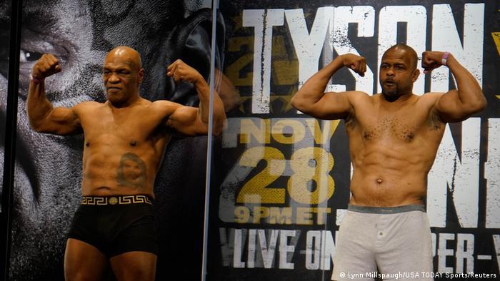 Boxen: Tyson vs Roy Jones Jr Wiegen