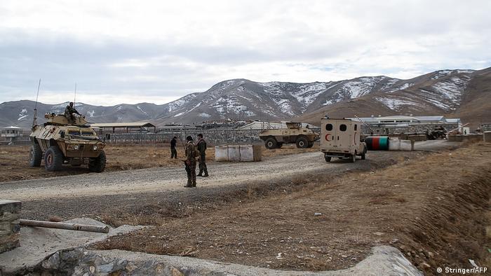 Afghanistan Ghazni | Bombenanschlag auf Armeestützpunkt
