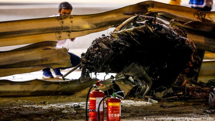 Formel 1 Grand Prix Bahrain | Feuer zerstört Rennwagen